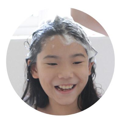 日本進口頂級胺基酸 採用保養品等級製造流程,去油力優秀又溫和,洗頭時流到臉上也不擔心刺激臉部肌膚。